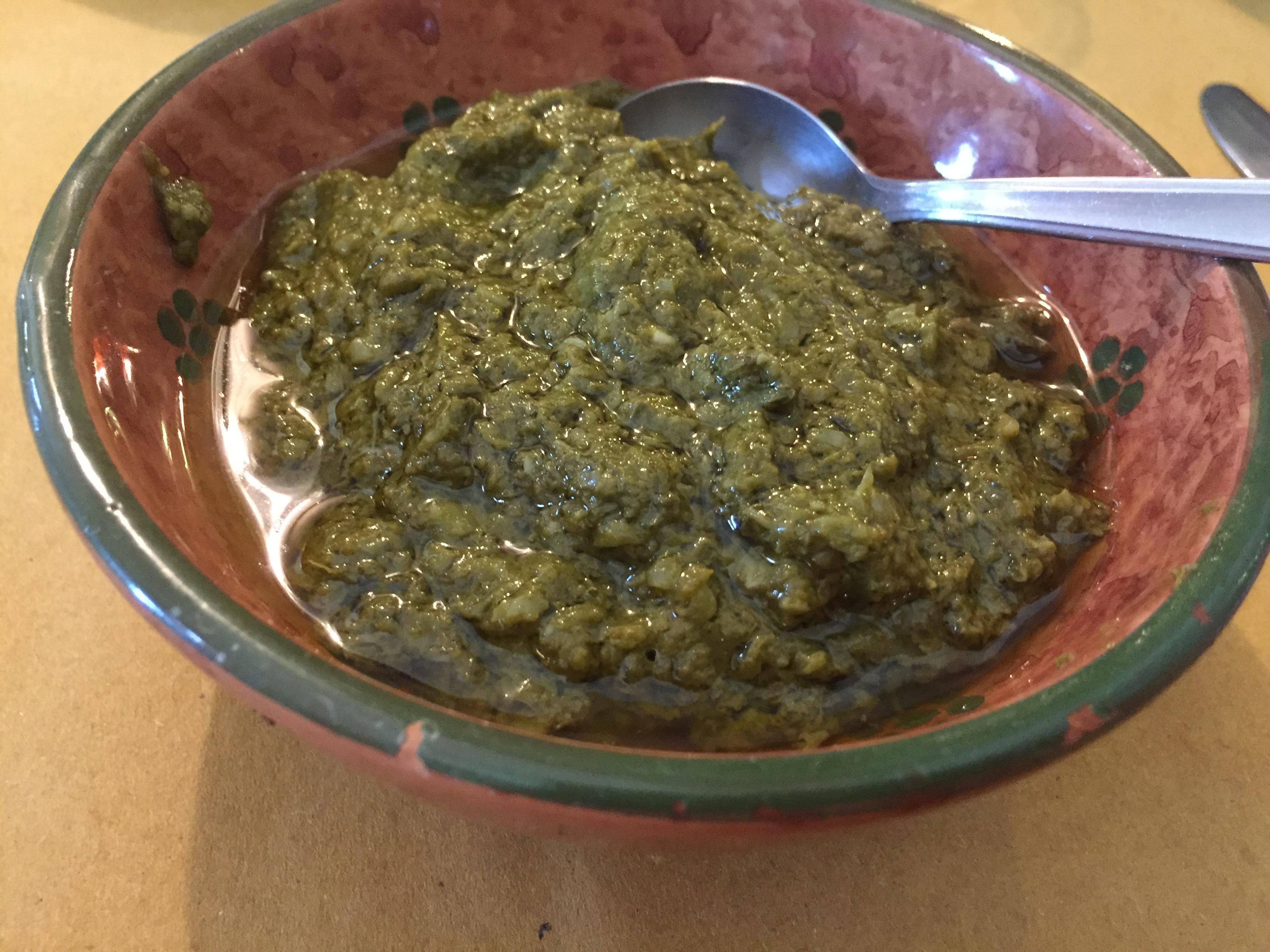 Patè di basilico, spinaci e fagiolini