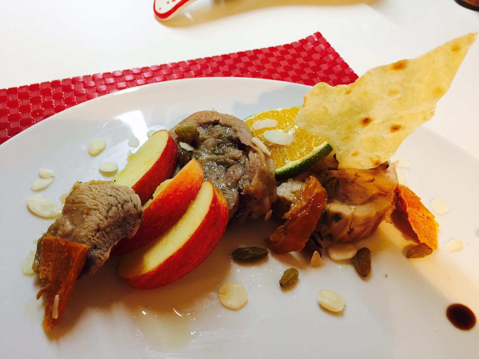 Arrosto di pollo e tacchino alla frutta