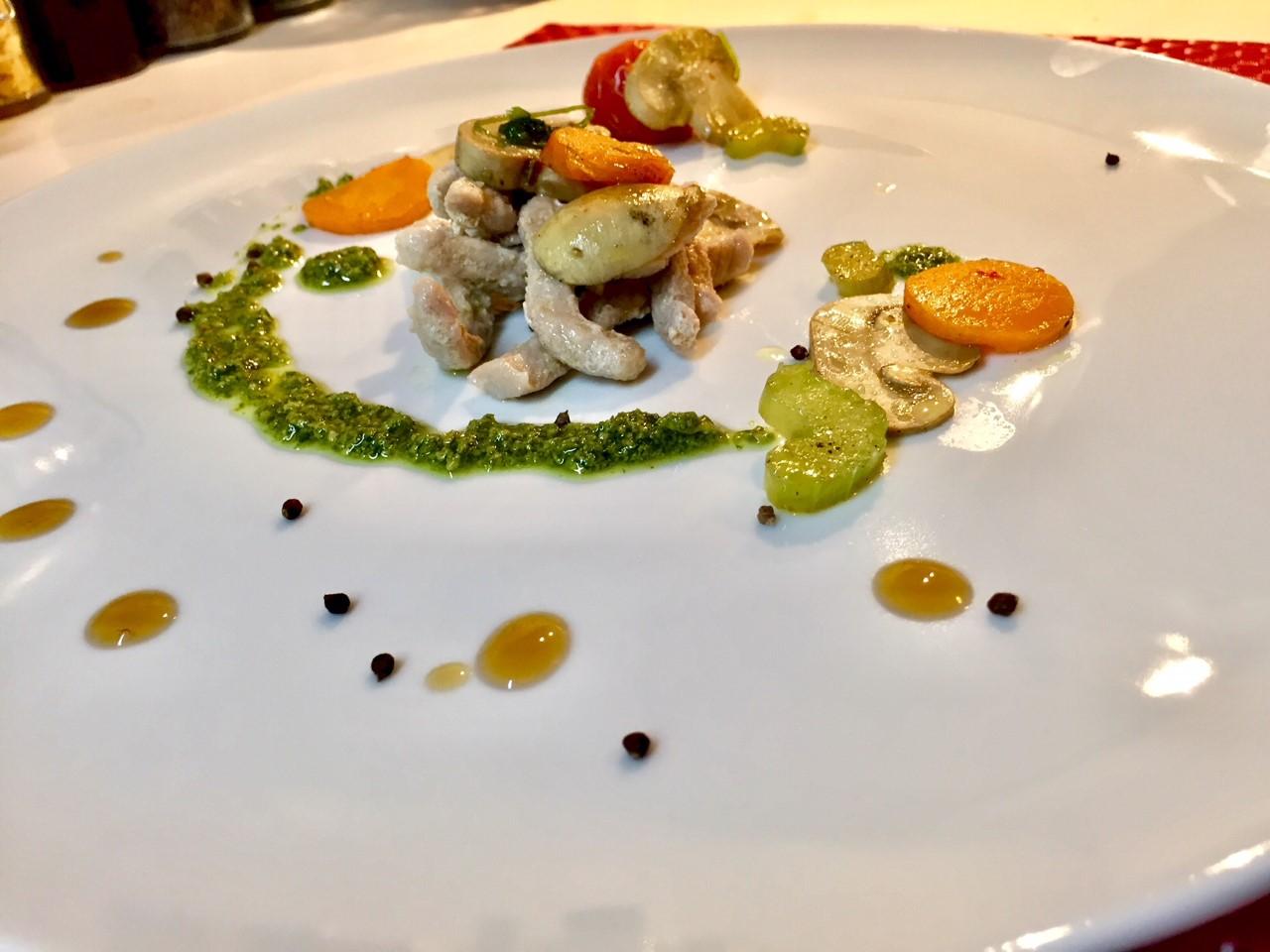 Straccetti di lonza al limone con champignon e verdure – senza lattosio