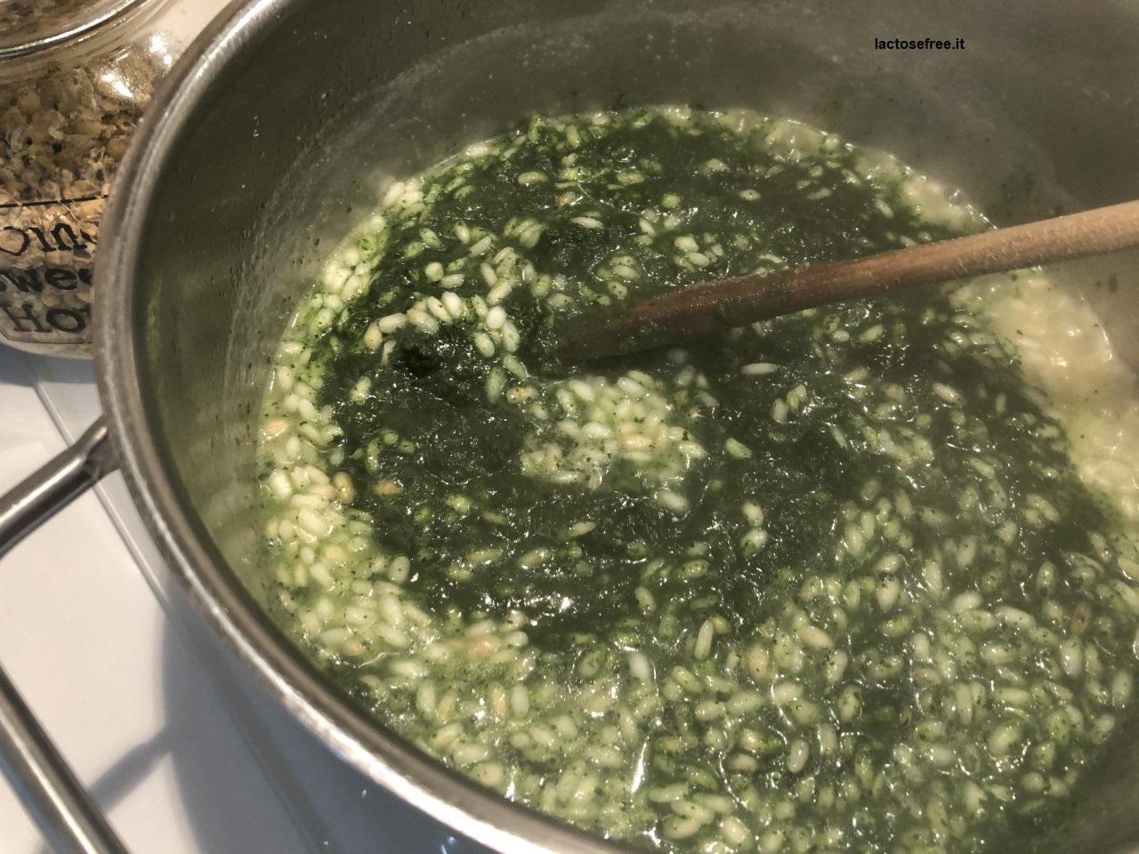 Risotto al cavolo nero stevia e limone_crema di cavolo nero nel riso2