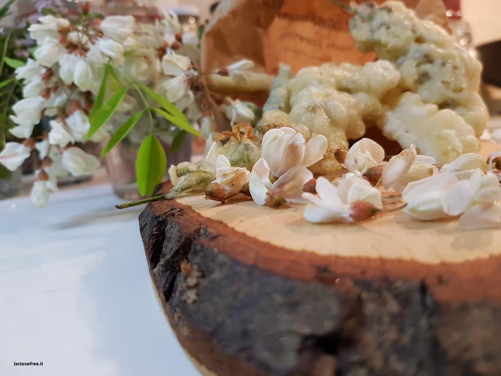 Fiori di acacia in pastella