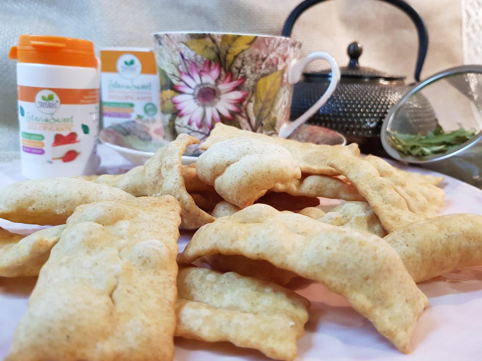 Chiacchiere di carnevale con la stevia 2