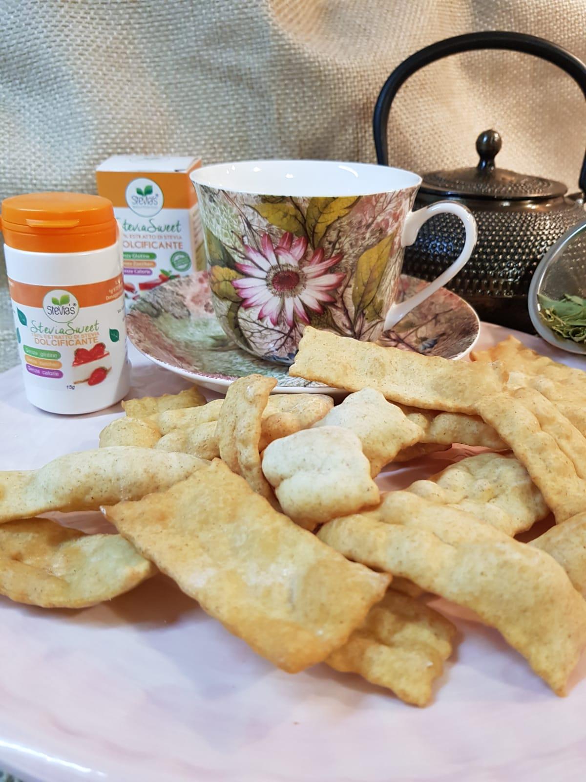 Chiacchiere di carnevale con la stevia 4