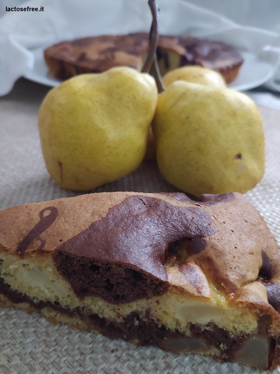 Ricetta Torta al cioccolato e pere senza lattosio