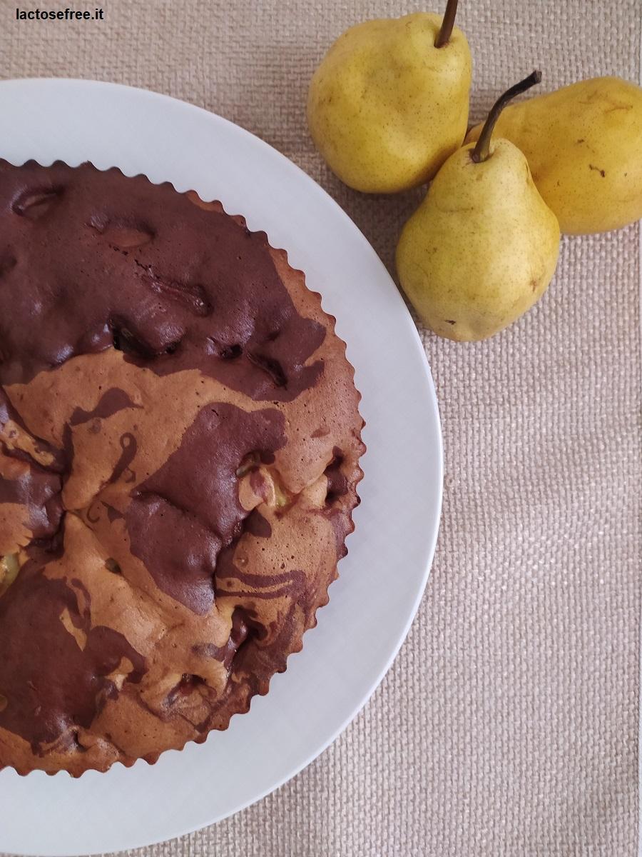 Ricetta Torta cioccolato e pere senza lattosio