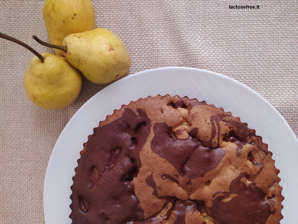 Ricetta torta alle pere e cioccolato senza lattosio